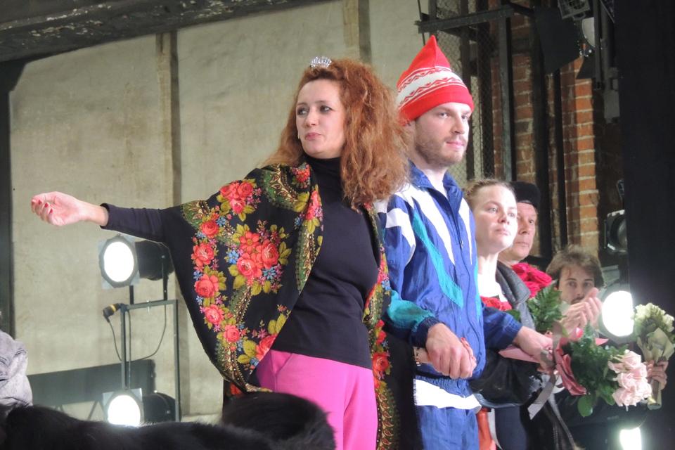 Дмитрий Крымов в спектакле «Костик» показал пародию на современный театр