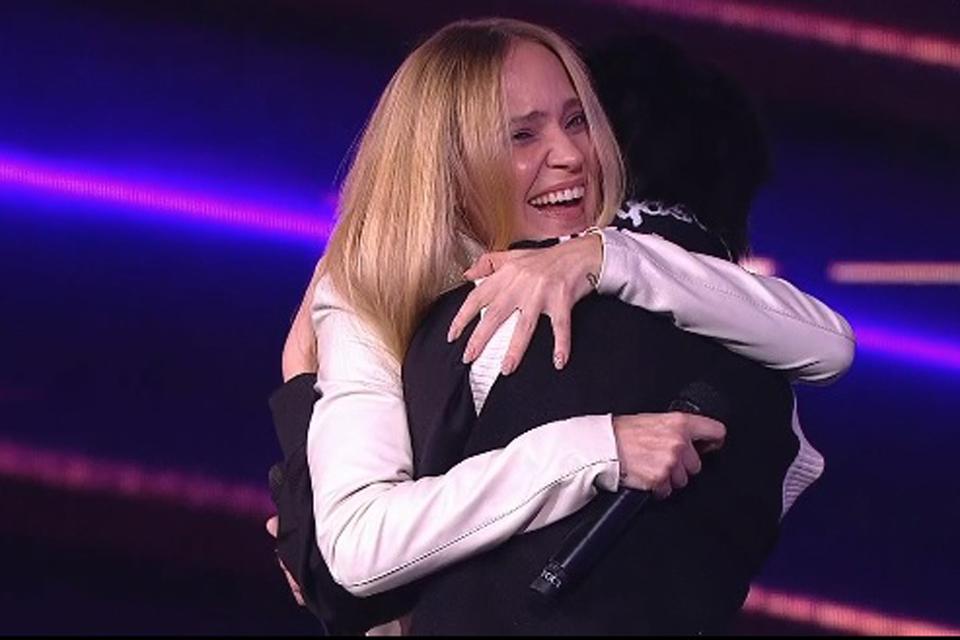 В шоу «Дуэты» Глюкоза спела со своей старшей дочерью Лидой
