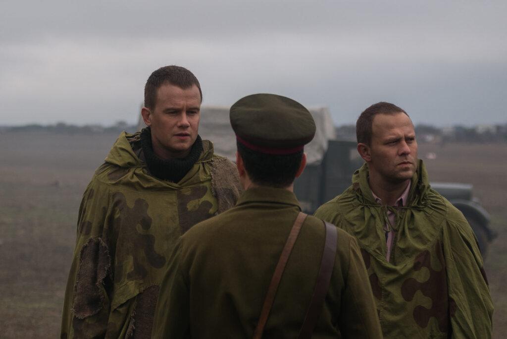 Потрепала война Бобрикова и Филатова: свежие кадры из нового сериала «Диверсант. Крым»