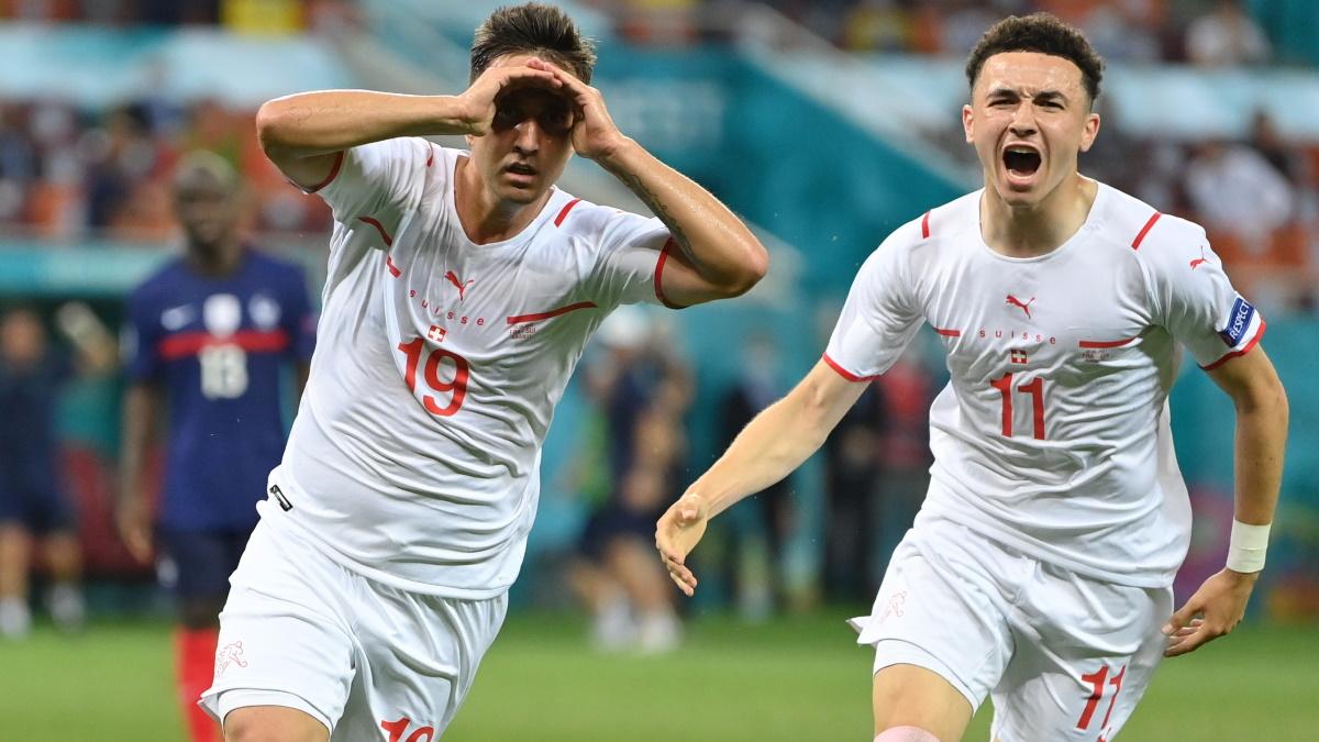 Швейцария проявила характер в игре с чемпионами мира французами. Фото: REUTERS