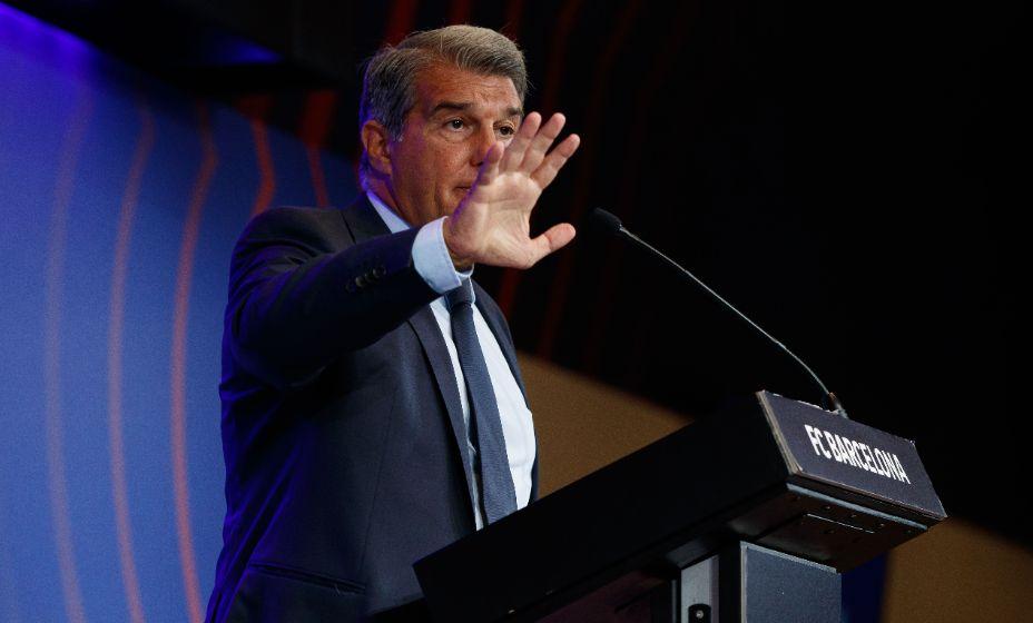 Президент «Барселоны» Жоан Лапорта должен обрадоваться решению правительства. Фото: Global Look Press