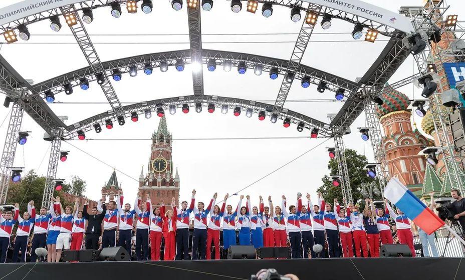 Российских олимпийцев чествовали на Красной площади. Фото: Матч ТВ